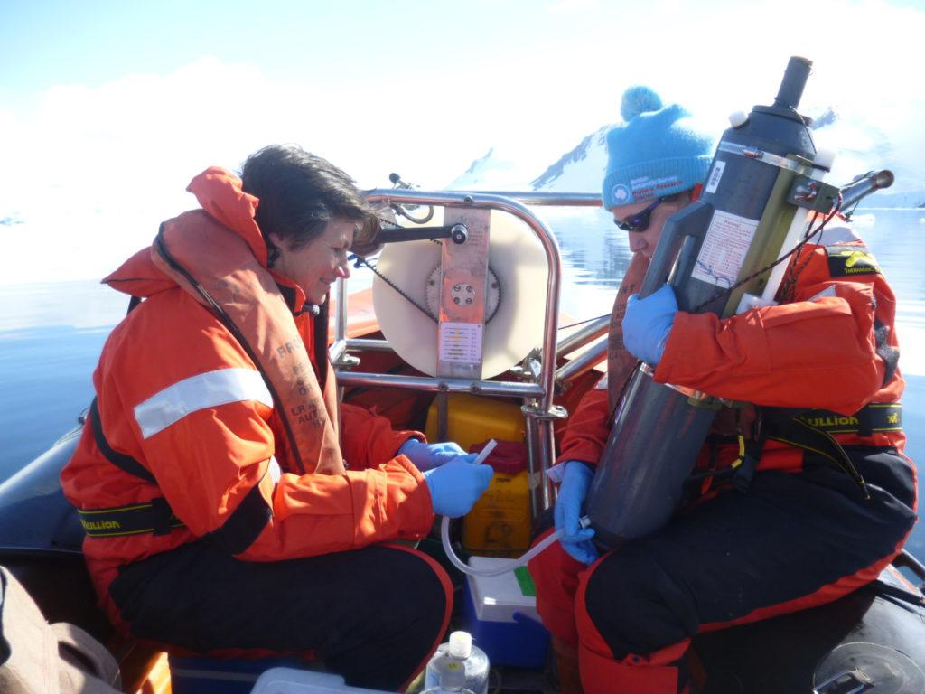 Dr Alison Webb and Dr Jacqueline Stefels sampling water
